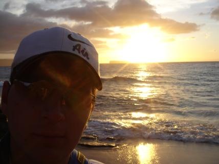 coucher de soleil mythique sur little beach (nude beach) appelé sunset ceremonie