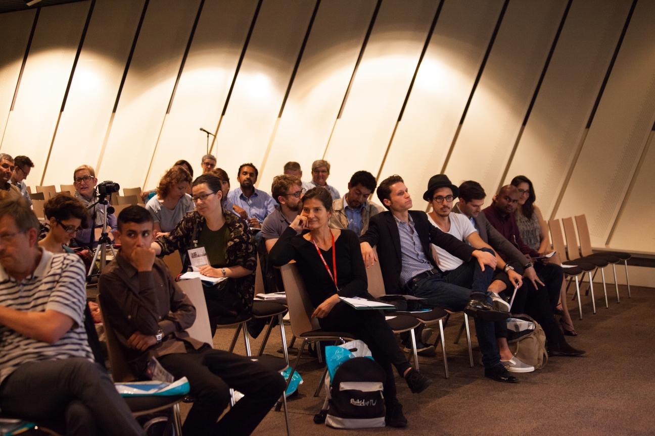 2014-09-30, Conférence de Vincent Avanzi, salon des micro-entreprises-8093