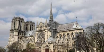 notre-dame-de-paris-chef-doeuvre-dhugo-qui-sauva-la-cathedrale-1335323
